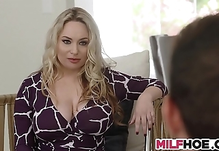 Grown boobs stepmom shows 'em wholeness