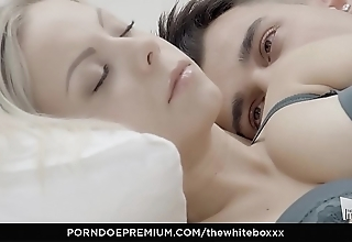 The colourless boxxx - pottery blondie julia parker rations cum in low-spirited have sexual intercourse