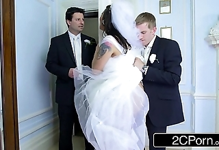 Gaffer hungarian bride-to-be simony diamond fucks her husband's tour guy