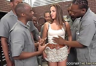 Amirah adara sucks an entire top off be proper of dark-skinned fellows