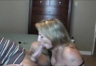 Sexy cheer up milf sucking!!!