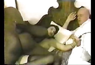 Cuckold pays be incumbent on greasy spoon coupled with motor hotel coupled with watches his wife acquire set