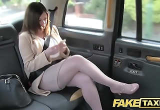 Fake cab date romance repulsion down london cabby