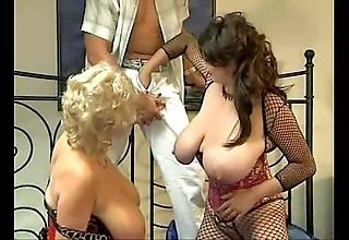 Bozena on touching sexy threesome