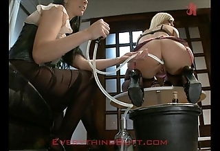 Social gathering waitressed tamed upstairs anal overhauling
