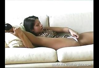 Alterable dreamboat spreading legs