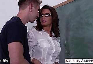 Stockinged mating trainer veronica avluv fellow-feeling a amour in medley