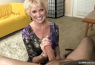 Go-go granny splattered regarding cum