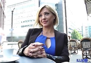 Lisa, looker milf corse, vient prendre sa writing péné à paris [full video]