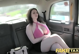 Dissemble taxi precise big breast realize fucked together with sucked