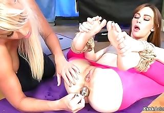 Yoga lesbos anal fucking close by vassalage